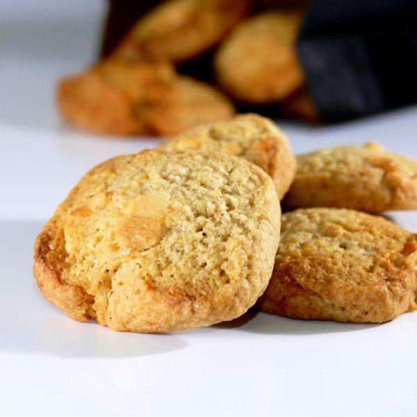 Cookies aux épices chai et chocolat blanc, Eau de thym traiteur à Montpellier