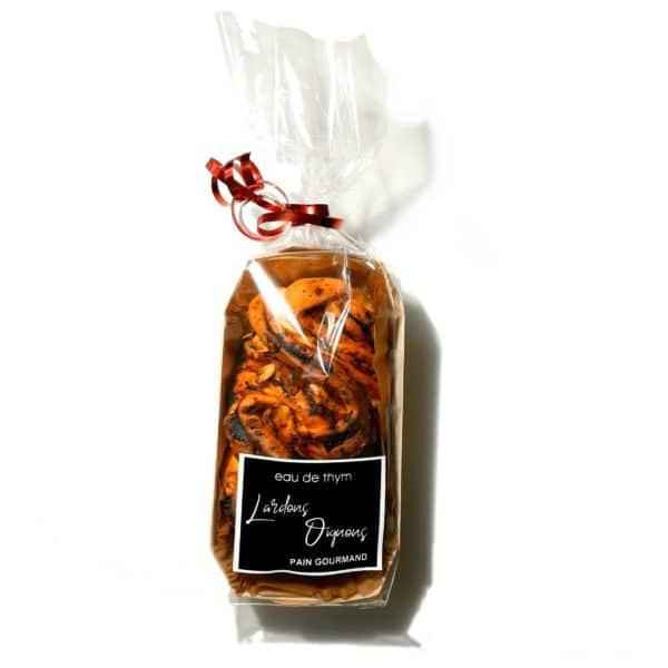 Pain gourmand maison à la pancetta oignon - Eau de thym traiteur