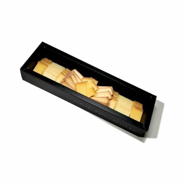 Coffret de fromages artisanaux découpés - Eau de thym - traiteur à montpellier